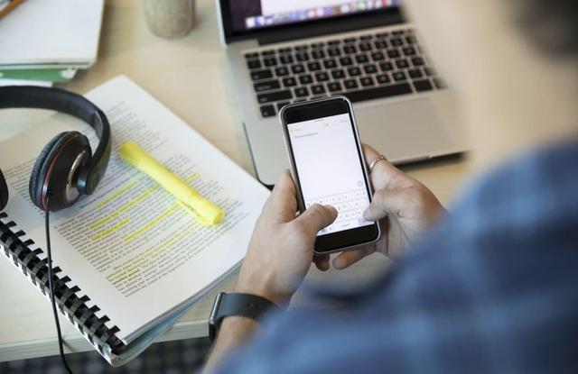 Đào tạo online thời 4.0 - Bắt nhịp xu thế nhưng đừng nên lệ thuộc - Ảnh 1.
