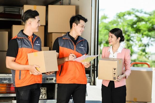 Dịch vụ giao hàng nội thành bằng xe tải của Lalamove được ưa chuộng - Ảnh 2.