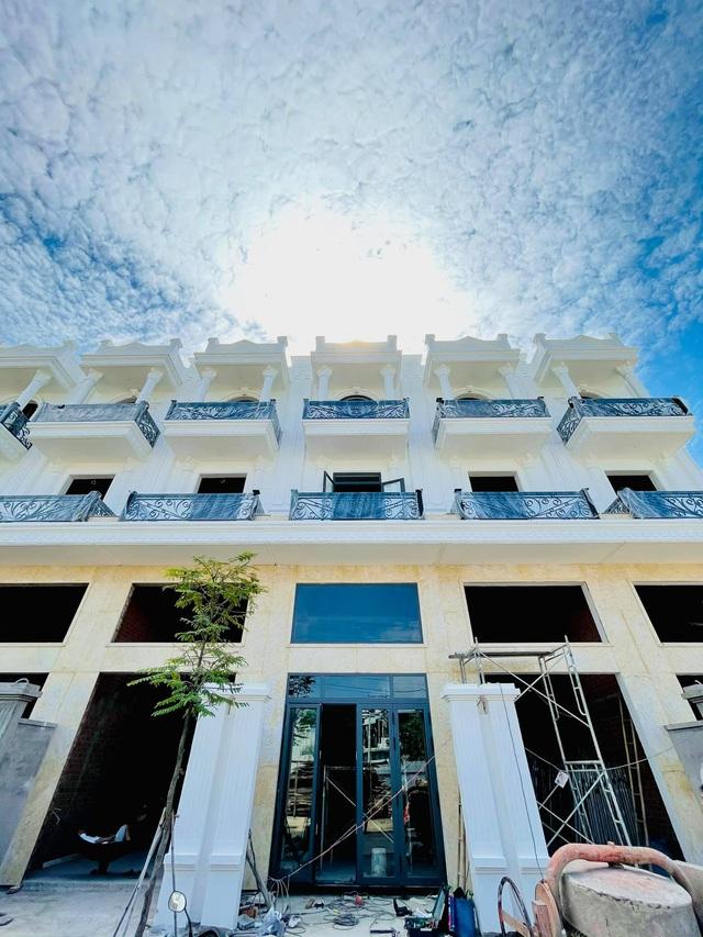 3 lý do nên sở hữu nhà phố thương mại mặt tiền Hà Huy Giáp - Ảnh 1.