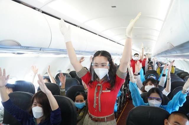 Những chuyến bay đầu tiên có gì mới - Ảnh 4.
