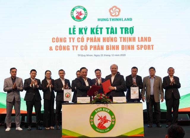 Doanh nghiệp địa ốc sát cánh cùng bóng đá Việt Nam - Ảnh 3.
