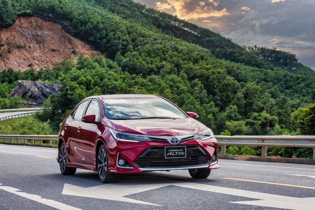 Toyota tung gói ưu đãi bán hàng và dịch vụ hấp dẫn, tri ân khách hàng trong tháng 10 - Ảnh 2.