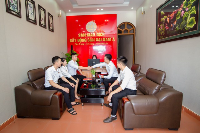 Tiềm năng BĐS nghỉ dưỡng Hòa Bình dưới góc nhìn của CEO Nguyễn Tiến Nam - Ảnh 1.
