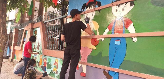 """Sơn TOA Việt Nam và """"sứ mệnh"""" mang mùa xuân yêu thương cho các em nhỏ - Ảnh 3."""