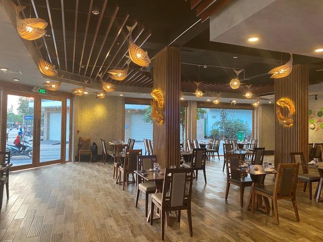 Nhà hàng ăn uống đón hơn 1.000 lượt khách mỗi ngày nhờ chuyển đổi số - Ảnh 1.