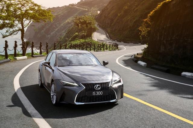 Lexus Signature 2021: Nơi hội tụ những màn phô diễn công nghệ đỉnh cao - Ảnh 2.