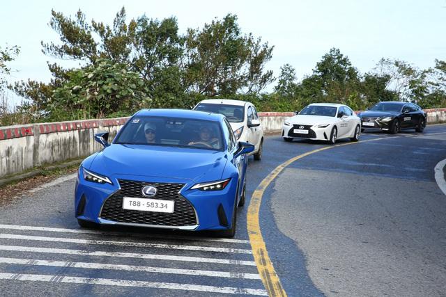 Lexus Signature 2021: Nơi hội tụ những màn phô diễn công nghệ đỉnh cao - Ảnh 3.