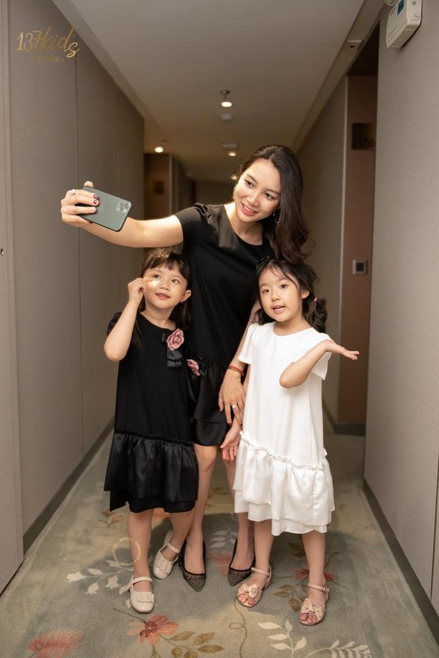 Sang trọng - sành điệu cùng bộ sưu tập váy hè mẹ và bé của tiệm váy 137 KIDS - Ảnh 1.