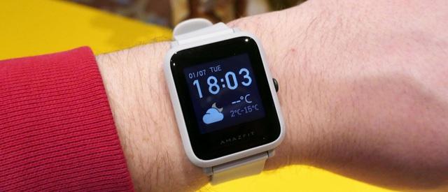 Điểm nhanh loạt laptop, điện thoại, đồng hồ thông minh giảm siêu hời dịp đầu năm 2021! - Ảnh 1.