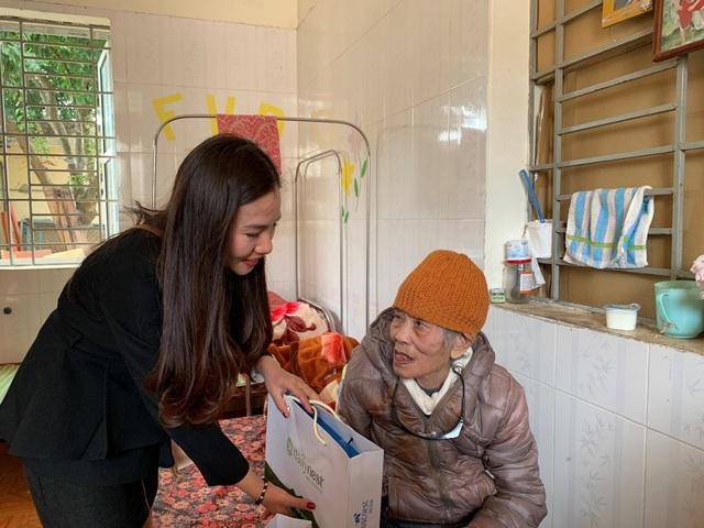 Yến Sào Thiên Việt và những chuyến xe chở yêu thương cho một tết đậm tình, trao nghìn sức khỏe - Ảnh 1.