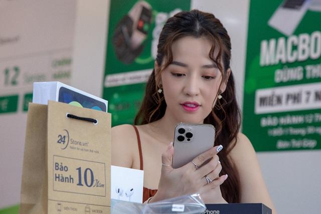 Puka sắm 2 chiếc iPhone 12 Pro Max đón Tết Tân Sửu - Ảnh 1.