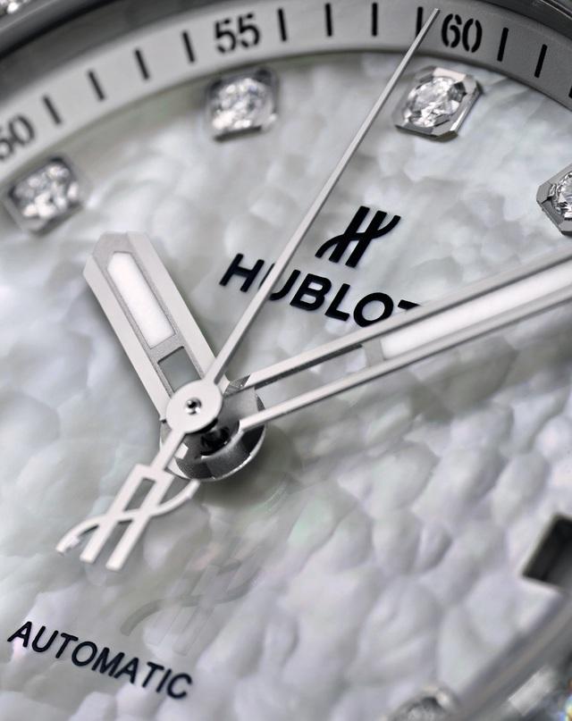 Hublot ra mắt phiên bản Big Bang One Click dành riêng cho Việt Nam - Ảnh 1.