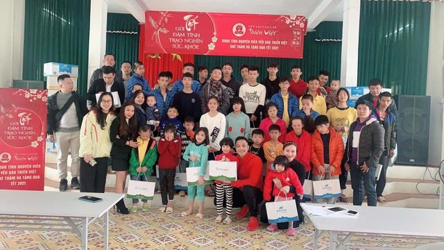 Yến Sào Thiên Việt và những chuyến xe chở yêu thương cho một tết đậm tình, trao nghìn sức khỏe - Ảnh 2.