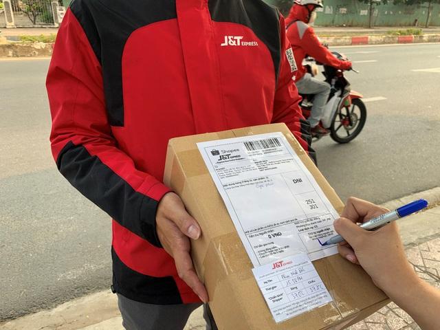 J&T Express rút ngắn thời gian nghỉ tết để hỗ trợ khách hàng dịp Tết Nguyên Đán - Ảnh 3.