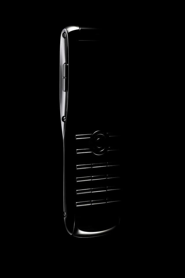 Giải mã sức hút độc đáo của điện thoại xa xỉ đến từ nước Anh XOR - Ảnh 2.