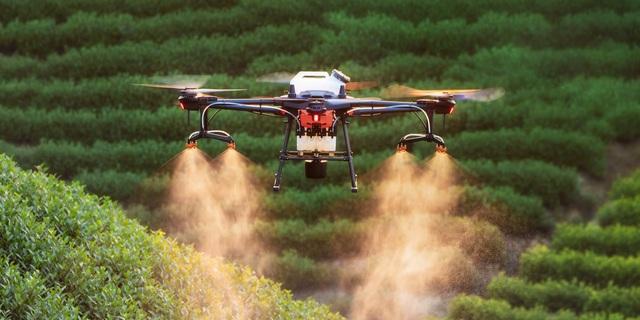 Drone đã làm được gì cho nông dân và nông nghiệp Việt Nam - Ảnh 1.