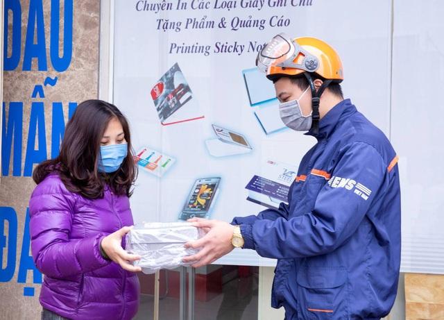 """EMS Việt Nam """"quyết"""" đảm bảo lưu thoát hàng hóa dịp cao điểm cuối năm - Ảnh 1."""