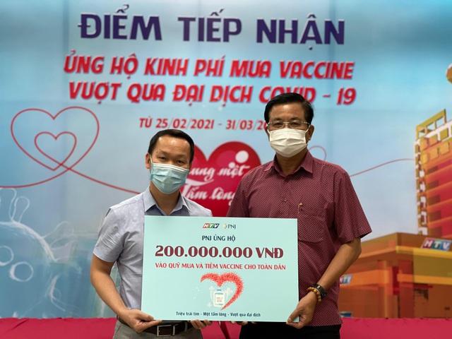 PNJ nỗ lực tìm nguồn vaccine covid để tiêm ngừa miễn phí cho toàn thể nhân viên - Ảnh 1.