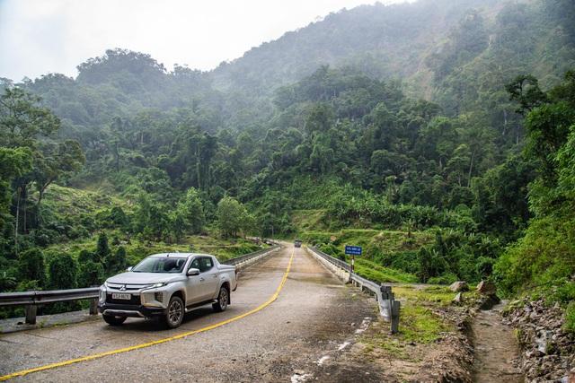 Hơn 3.500 km lên rừng, xuống biển, xuyên Việt cùng Mitsubishi Triton với mức tiêu thụ nhiên liệu đáng nể hơn 7 lít/100 km - Ảnh 1.