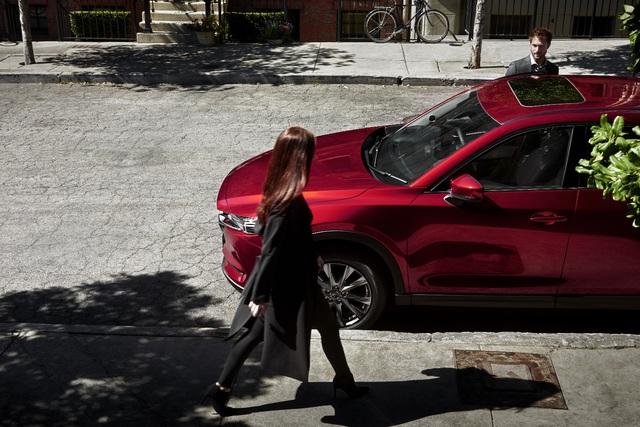 Phân khúc SUV cỡ trung: Mazda CX-5 vẫn là lựa chọn hàng đầu - Ảnh 1.