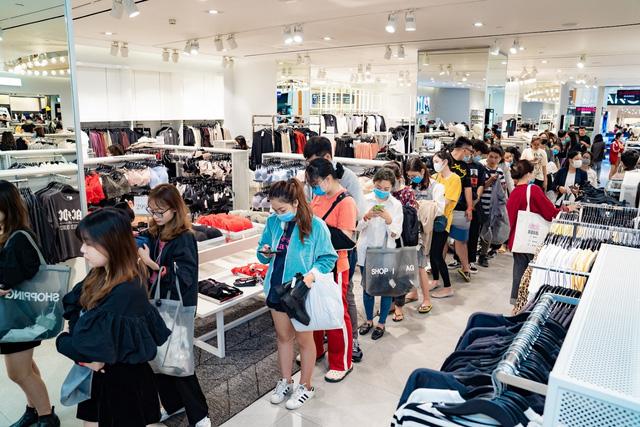 """Việt Nam trở thành """"miền đất hứa"""" cho các thương hiệu bán lẻ quốc tế trong năm 2021? - Ảnh 1."""