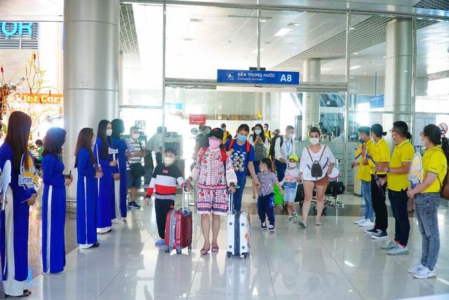Vietravel Airlines khai trương hệ thống phòng vé chính hãng trên toàn quốc - Ảnh 3.