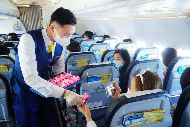 Vietravel Airlines khai trương hệ thống phòng vé chính hãng trên toàn quốc - Ảnh 4.