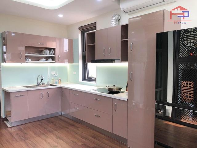 Làm sao để chọn 1 đơn vị thi công tủ bếp uy tín, chất lượng? - Ảnh 3.