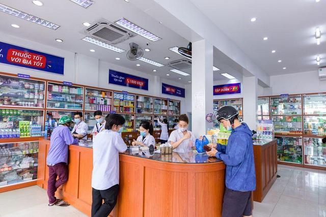 Hệ thống nhà thuốc FPT Long Châu nỗ lực chăm sóc sức khỏe cộng đồng - Ảnh 1.