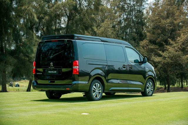 Peugeot Traveller Luxury - Sự lựa chọn của doanh nhân - Ảnh 1.