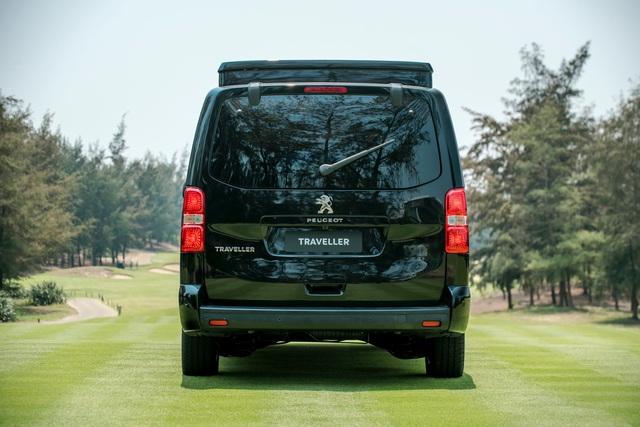 Peugeot Traveller Luxury - Sự lựa chọn của doanh nhân - Ảnh 2.