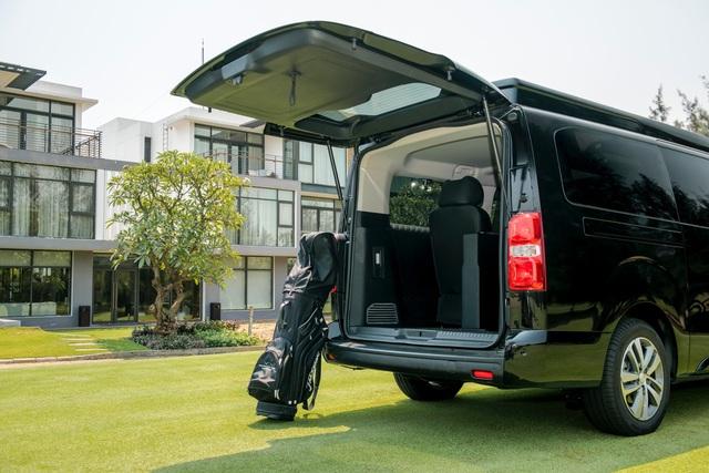 Peugeot Traveller Luxury - Sự lựa chọn của doanh nhân - Ảnh 4.