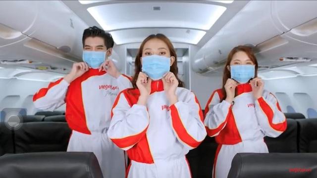 Hộ chiếu vaccine - doanh nghiệp du lịch, hàng không cùng bàn giải pháp - Ảnh 2.