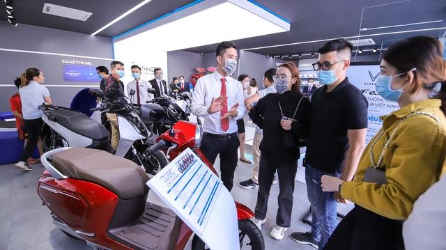 Khai trương 64 showroom xe máy điện VinFast kết hợp trung tâm trải nghiệm Vin3S toàn quốc - Ảnh 1.