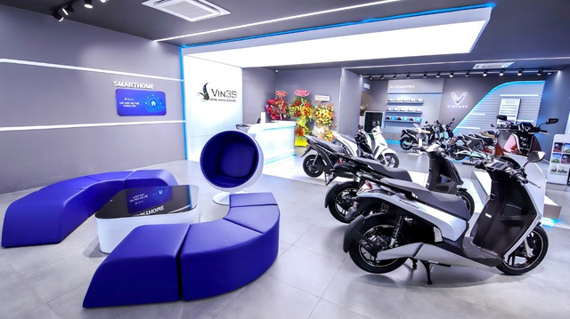 Khai trương 64 showroom xe máy điện VinFast kết hợp trung tâm trải nghiệm Vin3S toàn quốc - Ảnh 3.