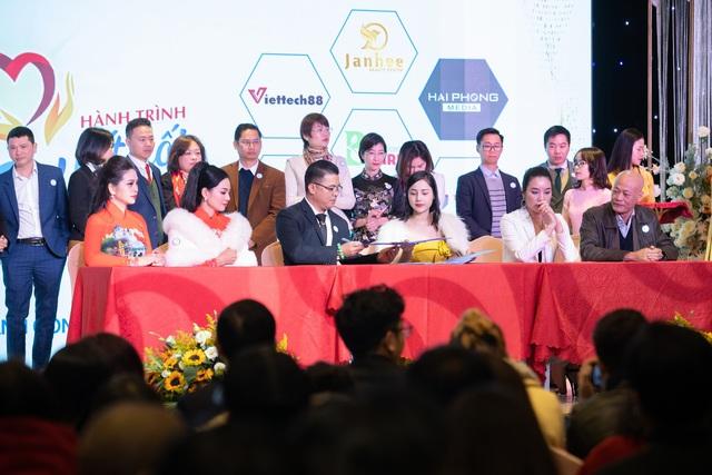 Nha khoa thẩm mỹ quốc tế Janhee: Vì sức khỏe và hạnh phúc cộng đồng - Ảnh 3.