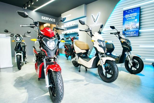 Khai trương 64 showroom xe máy điện VinFast kết hợp trung tâm trải nghiệm Vin3S toàn quốc - Ảnh 4.