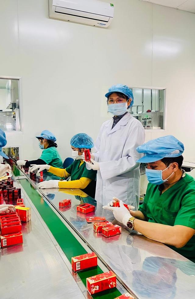 Giám đốc Vân Đặng cùng Công ty TNHH Đông dược Bà Vân chinh phục người tiêu dùng - Ảnh 3.
