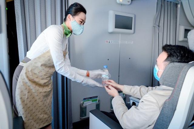 Bamboo Airways đạt mức tuyệt đối 7/7 sao về phòng chống Covid-19 - Ảnh 1.