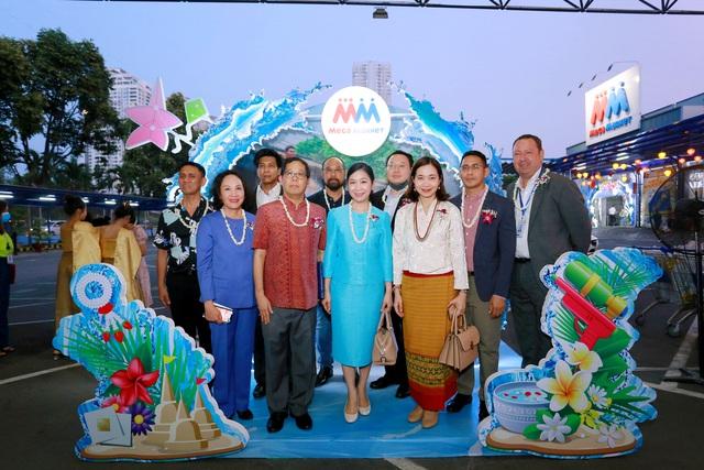 """Lễ hội """"Vui Tết Songkran"""" tại MM Mega Market: Trải nghiệm văn hóa và hàng hóa Thái Lan - Ảnh 3."""
