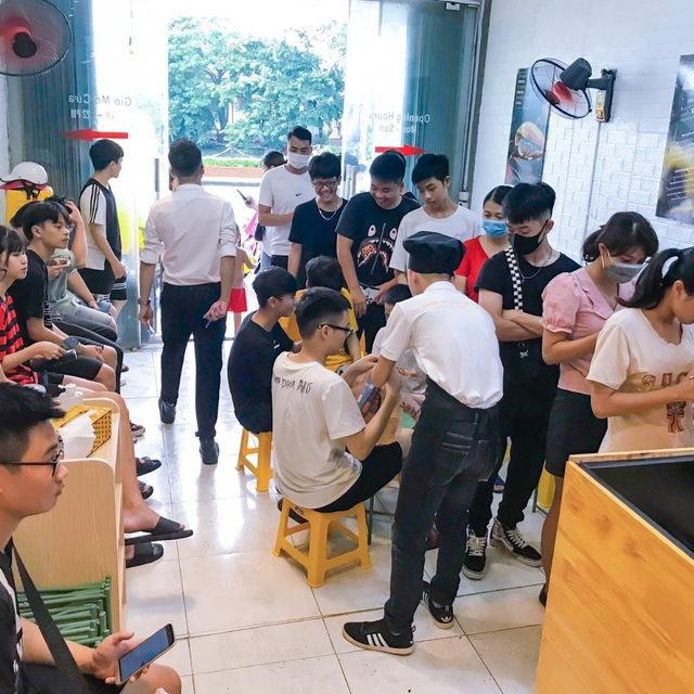 Thương Hiệu Bánh Mì Dân Tổ Đình Đám mở thêm mô hình, sau 1 tháng đã có 18 cửa hàng mini trên toàn quốc ! - Ảnh 1.