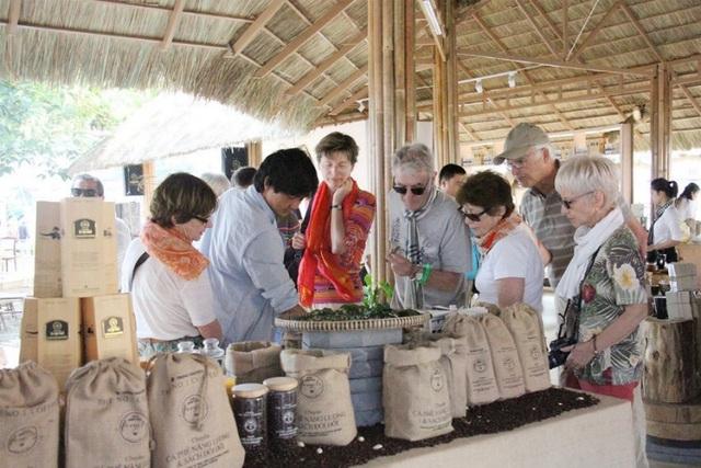 Tinh thần bảo tồn và sáng tạo văn hóa thưởng thức cà phê thế giới - Ảnh 1.