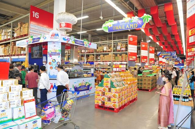 """""""Vui Tết Songkran"""" tại MM Mega Market: Điểm đến của người yêu ẩm thực và văn hóa Thái Lan - Ảnh 1."""