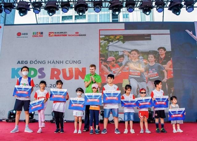 Hơn 500 vận động viên nhí hào hứng trải nghiệm cùng AEG tại Kids Run - Ảnh 2.