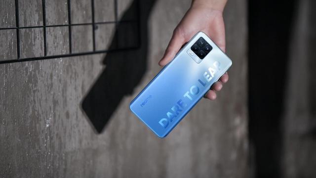 Realme 8 series - chưa ra mắt đã khiến dân đam mê công nghệ sốt xình xịch - Ảnh 3.