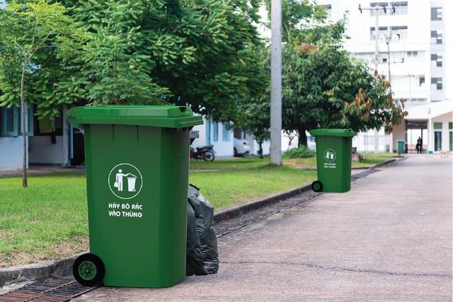 Vai trò của thùng rác nhựa trong môi trường sống hiện đại - Ảnh 2.