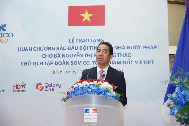 Nữ doanh nhân Nguyễn Thị Phương Thảo nhận huân chương Bắc đẩu bội tinh - Ảnh 2.