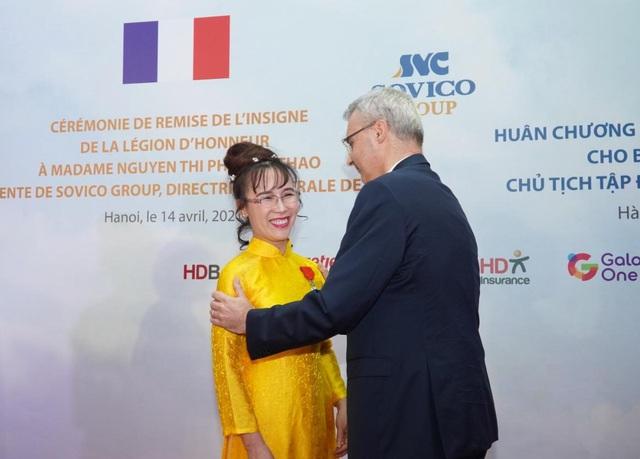 Nữ doanh nhân Nguyễn Thị Phương Thảo nhận huân chương Bắc đẩu bội tinh - Ảnh 3.