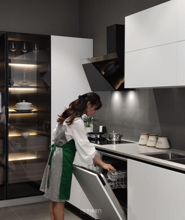 Mách nhỏ bạn cách phối trí căn bếp đẹp như mơ - Ảnh 1.