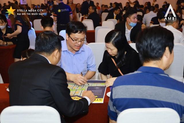 Hơn 90% sản phẩm giao dịch thành công tại Lễ giới thiệu phân khu The Ambi – Stella Mega City - Ảnh 2.